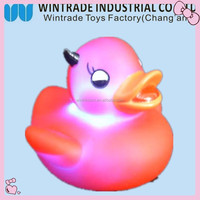 Football Flashing bath toy ducks, light up bath duck, duck toys with LED