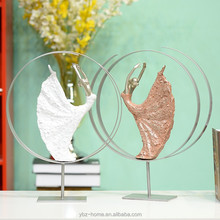 Wholesale elegant high-quality dancer resin sculpture wedding decor