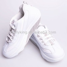 Comfortable fitness steps shoes with upper material PU+Mesh casual shoes