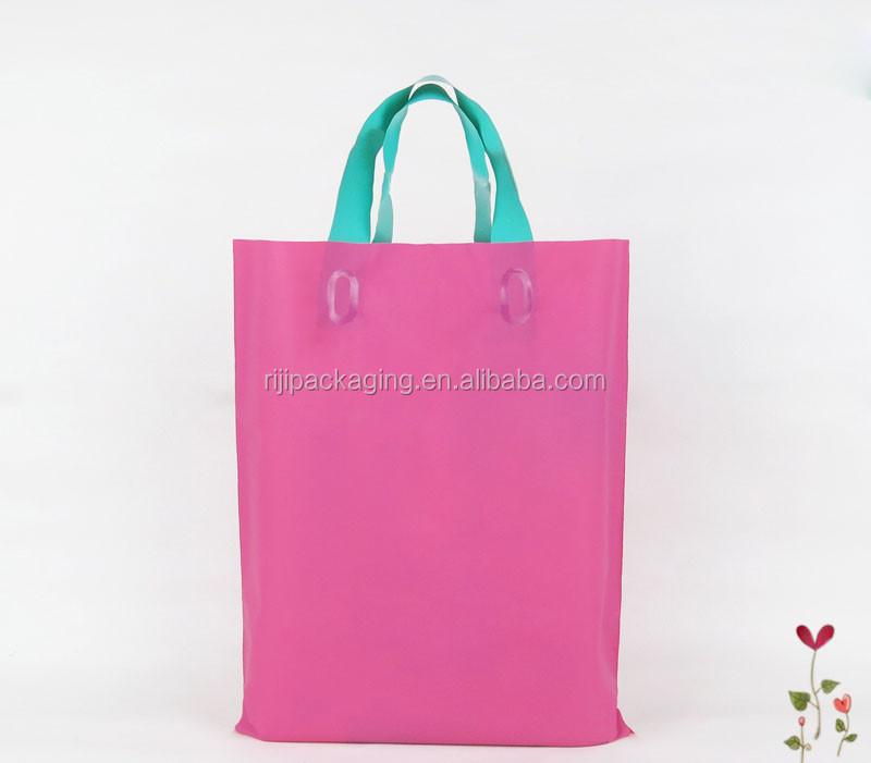 Máquina feita de compras sacos de plástico