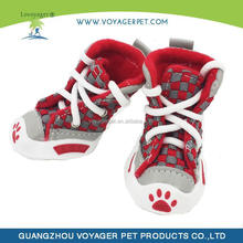 Soft and comfortable peacock pattern dog shoes dog footwear for cheap wholesale