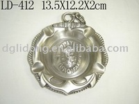 Pewter Hanging Round Metal Pocket Ashtray(LD-412)