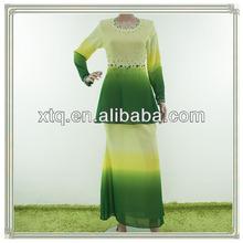 Mousseline perlée robe de mode élégant musulman. 2013