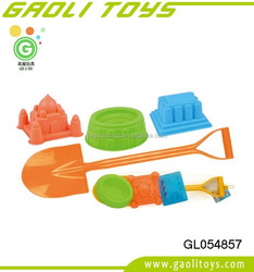 Hot selling children summer beach toys plastic shovel and castle mold toy