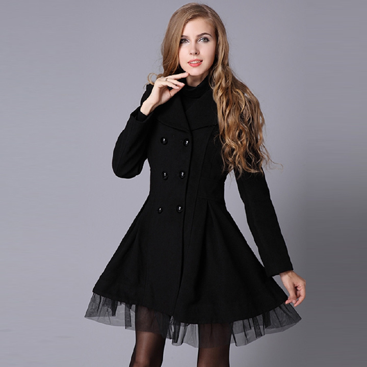 Model Burberry Wool Pea Coat - Clothing - BUR74255 | The RealReal