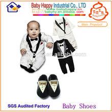 apuramento sapatos roupas de bebê e crianças meninos