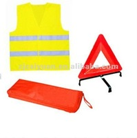 Road safety kits with 1pc warning triangle & 1pc sfety vests