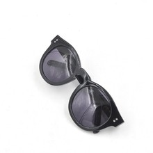 Round frame polarized sunglasses with metal decoration