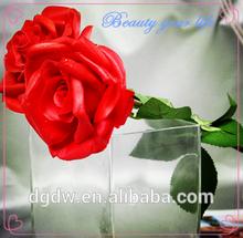 De plástico rojo rosa flores artificiales, rosa flor artificial