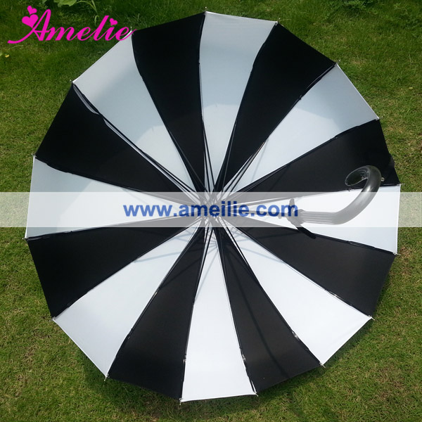A0456 vintage-inspired pagoda umbrella by Bella (1).jpg
