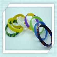2012 cheap unisex custom silicone wristband with logo