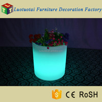 Waterproof PE plastic round led light up flower pot with color changing