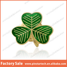 Wholesale Custom Green and Gold SHAMROCK ENAMEL BUY 2 GET 3 Flower Metal Button Lapel Pin Badge