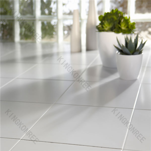 Quartz floor tile