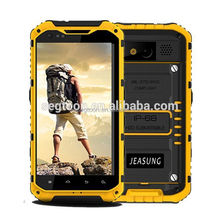 3G handset aimed at outdoor workers and sports enthusiasts