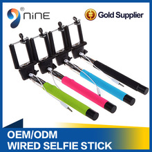 Remote Control Extendable Handheld Phone Selfie stick Pod with 6 different Levels Long Length