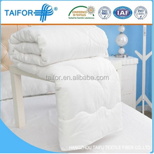 Top brand economical embroidery baby silk quilt