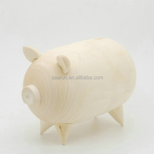 2015New Product: Wooden Animal Toy/wood carved pig box