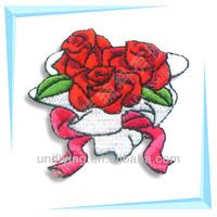 Beautiful flowers design rose embroidery patches wholesale