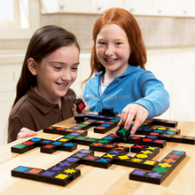 2015 Hot sales educational toy 100%handmake wooden qwirkle for family games