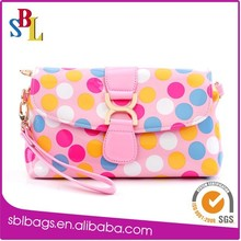Shinny PU cosmetic pouches , nice girls cosmetic bags with wristlet wholesale