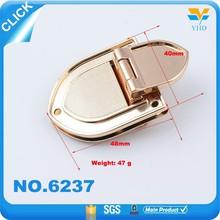 Company customized design special handbag metal turn lock closure