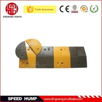 Need to fixed on the ground Rubber Reflective Speed Limiter for cars