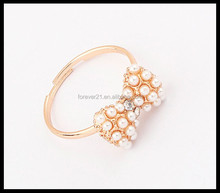 Fashion Women Pearl Knot Ring