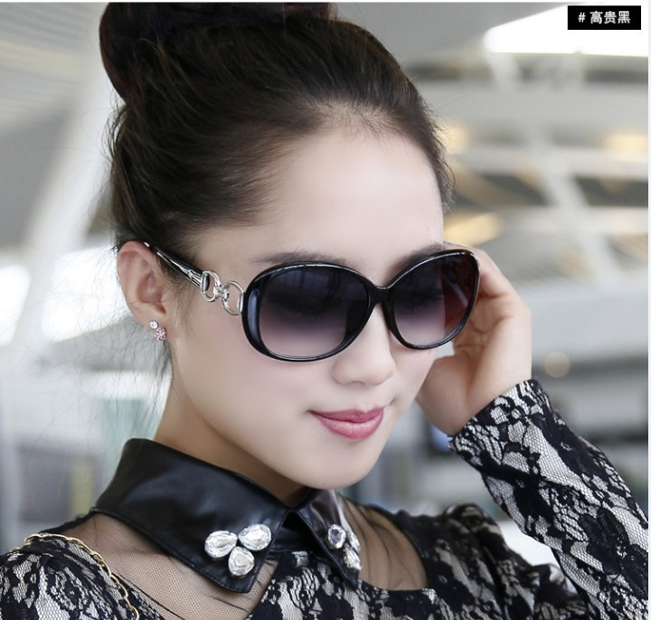 2014 nueva moda las gafas de sol mujer fabricantes pequeños de venta al por mayor