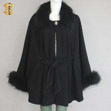 Lana mujeres negro Knited Poncho chales con piel de mapache