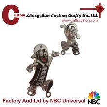promotional gift item expert factory custom enamel funny boy lapel pin, badge