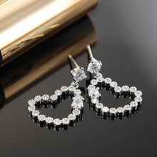 Exquisite Heart Shaped Crystal Emerald Price Per Carat Earrings of 925 sterling silver needle for women earring display
