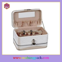 white portable leather travel case manufacturer
