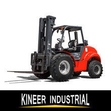 China 2.5Ton 4WD Off-road Rough Terrain Forklift With Tier 3 Diesel Engine