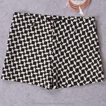 MS70013L Newly arrived women fashion rhombus pattern printed shorts sex women hot pants with belt