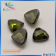 Facets Gems Synthetic Checker Cut Flat Back Peridot Stone Loose Trillion Stones for Jewelry Setting