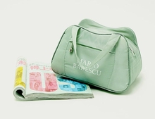 Hot sale fashion design quilted polyester cosmetic bag china toilet bag