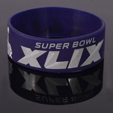 Latest design style Unique Led Gifts Glow Wristbands silicone for promotional