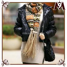 New style woman knitting pattern snowflake tribal scarf
