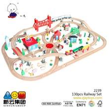 130pcs wooden railway train 2015 new China track toys