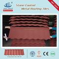 Construcción de construcción material techos de madera tipo de piedra recubierto de color rojo teja metálica