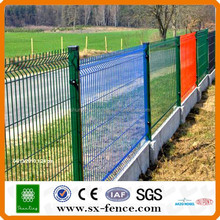 Powder coated Home and Garden Mesh Fence / Garden Wire Mesh Fence