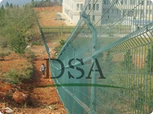 ISO 9001 Hot-dipped galvanized metal wire mesh fence(manufacturer)