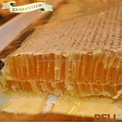 Pure natural comb honey