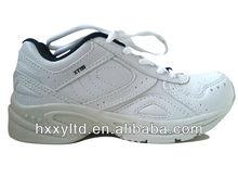 kid zapatos de la escuela