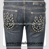 crystal iron on pocket rhinestone motif