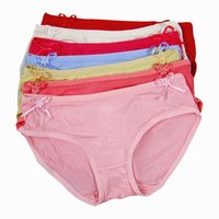 Wholesale ready stock soft touch feeling loevely cute little girls panties for retailer or wholesaler.