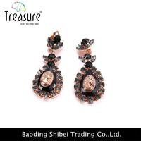 Copper Claw Earring Playboy Custom Metal Tags For Jewelry ER04279