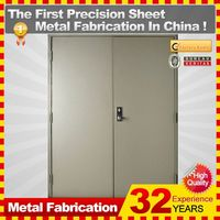 2014 Customized metal shed door with 32-year experience