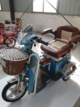 Golden Electric Casual Tricycle
